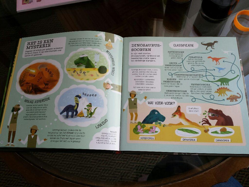 Dino Detective speurboek