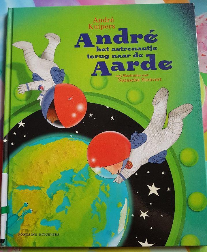 andre het astronautje terug naar de aarde