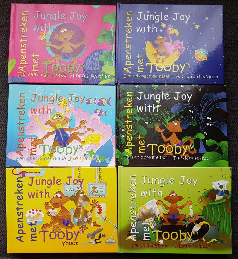 Jungle Joy with Tooby apenstreken met tooby leer Engels met de avonturen van deze vrolijke aap. Nederlands voorlezen Engels voorlezen kleuterboek