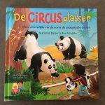 De circusplasser met vrolijke versjes over de grappigste dieren van Marianne Busser en Ron Schroder