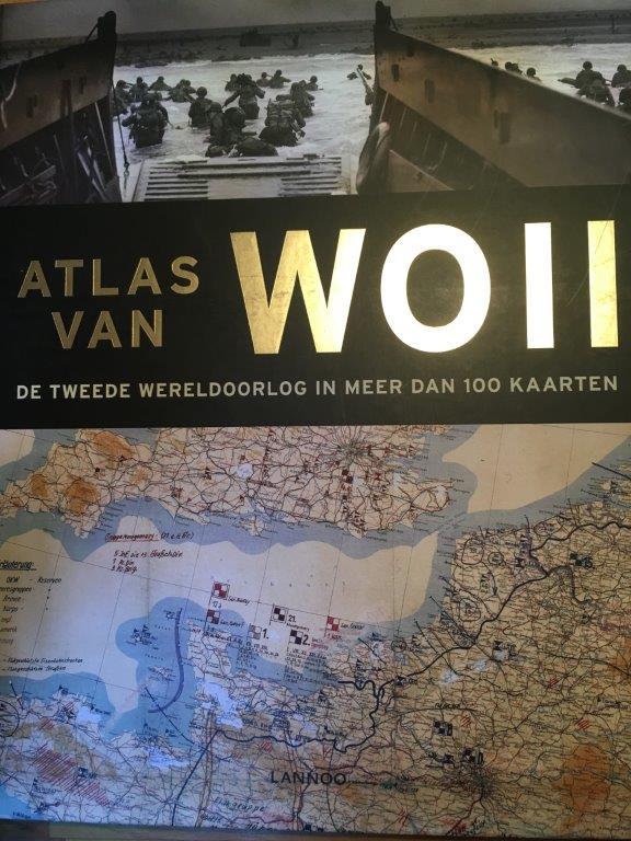 Atlas van de Tweede Wereldoorlog in meer dan 100 kaarten naslagwerk