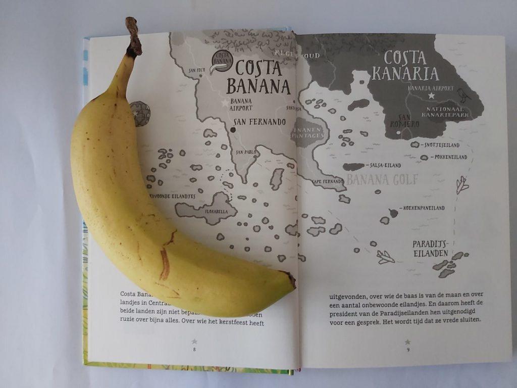 costa banana Jozua Douglas