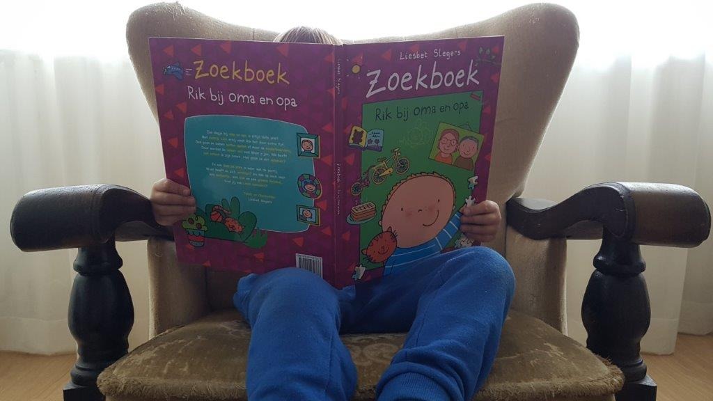 zoekboek rik bij oma en opa