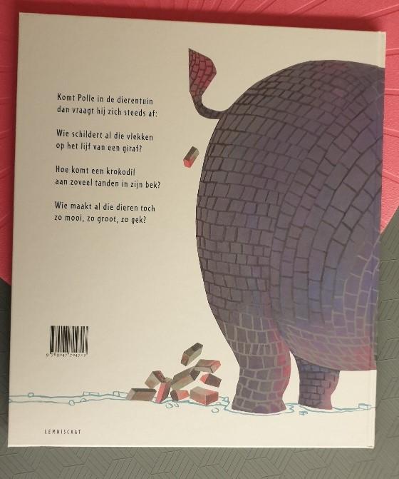 En hoe komt toch een olifant aan al die kilo's grijs?