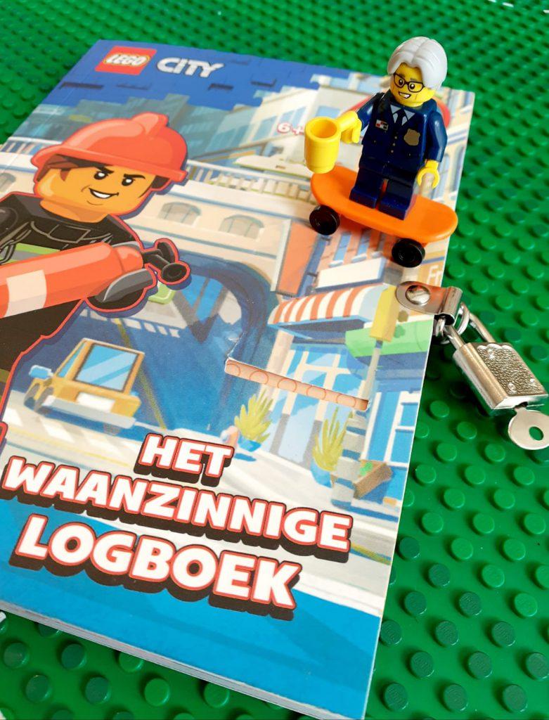 Lego City waanzinnig logboek close-up