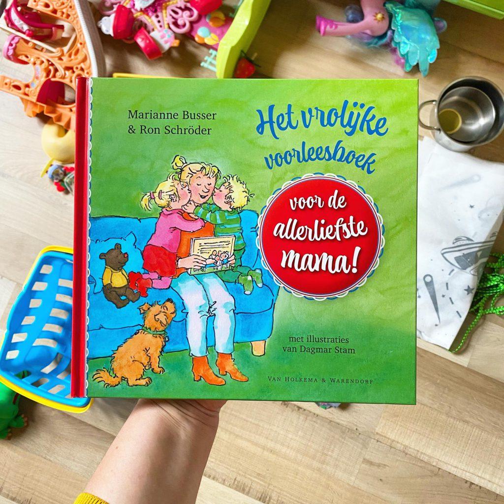 het vrolijke voorleesboek voor de allerliefste mama